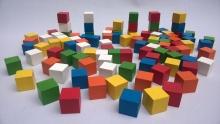 Cubos en madera x 100 (2 cm)